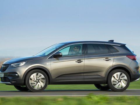 Opel Grandland X 1.2 Turbo Business Executive